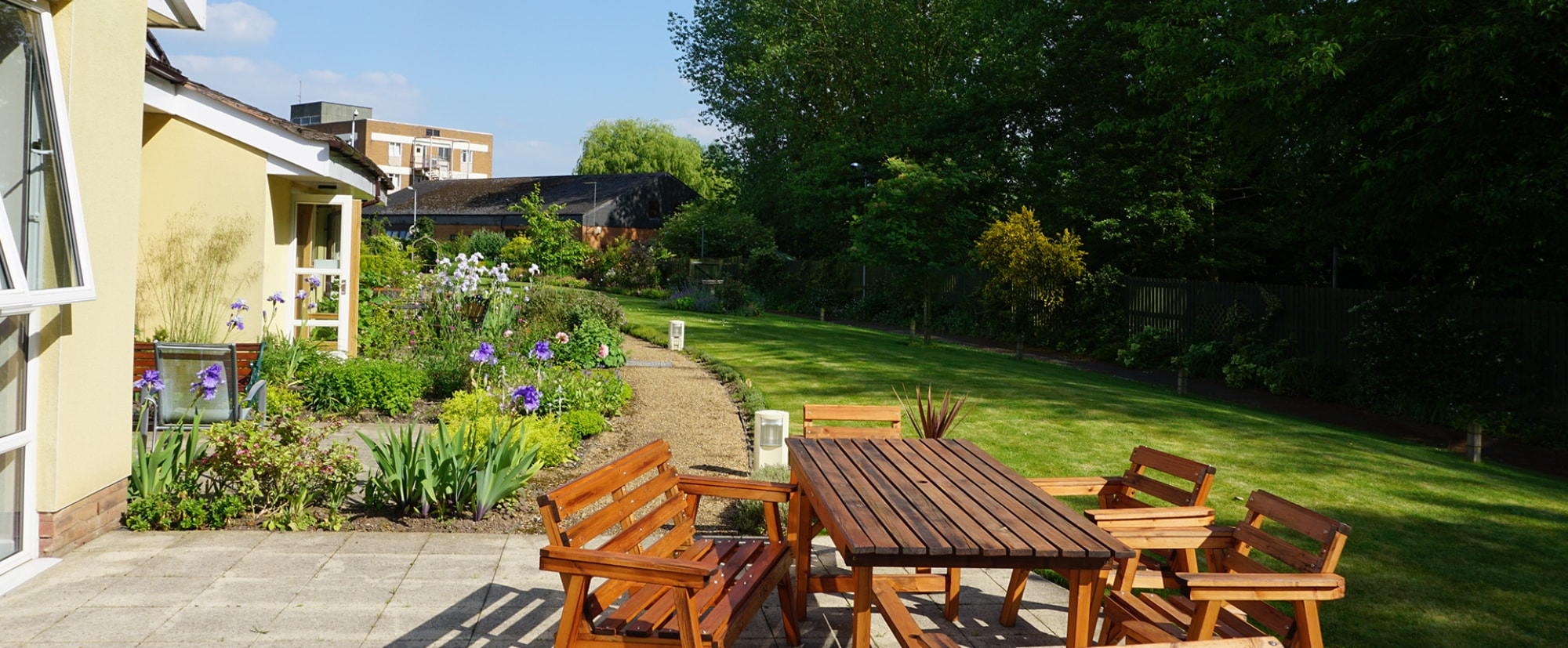 The Myton Hospices - Coventry Leamington Spa Rugby Warwick Garden
