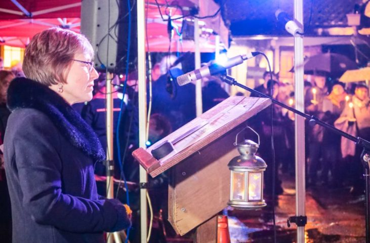The Myton Hospices - Warwick Light up a Life 2019 Gallery (5)