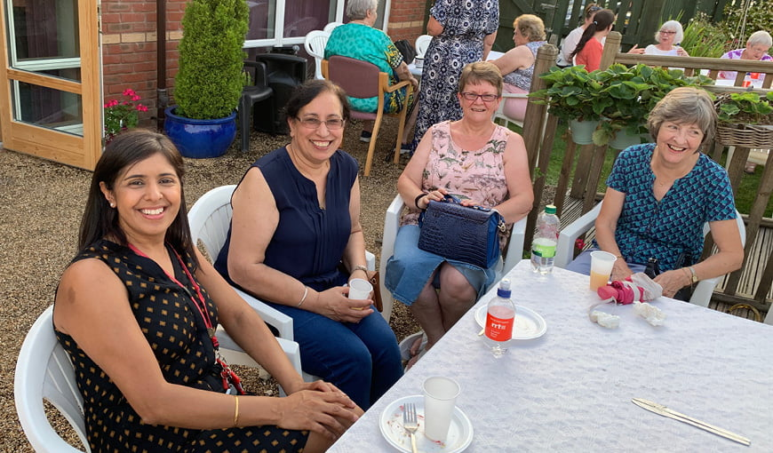 Volunteering - BBQ - The Myton Hospices - Warwickshire - Coventry - Leamington Spa
