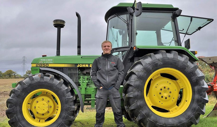 Sam Smith - The Myton Hospices - Warwickshire - Leamington Spa - Rugby - Coventry - Plough a Thon - Fundraising