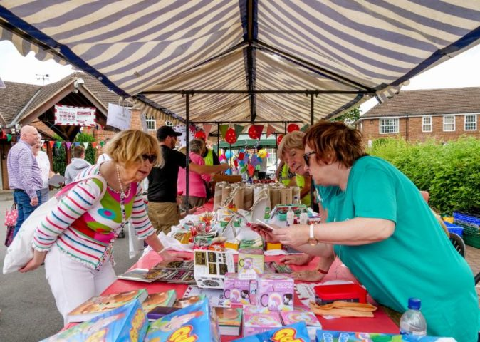 The Myton Hospices - Warwick Summer Fete and Community Afternoon - Warwickshire - Leamington Spa - Rugby - Coventry